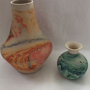 Swirl Pottery Nemadji USA Set of 2 Vases